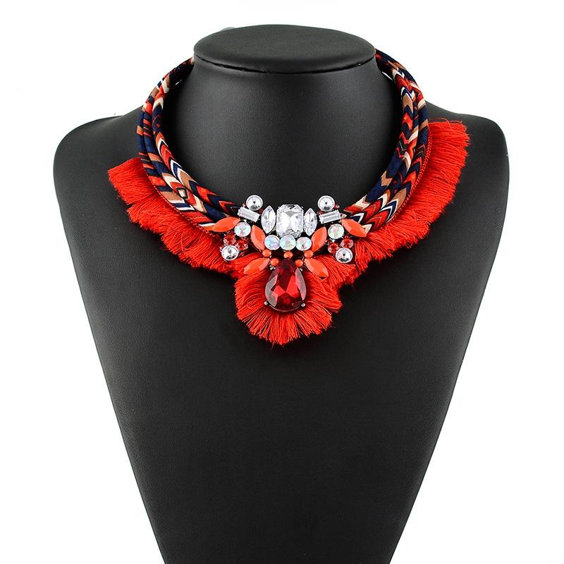e0b67a9a2293 Venta caliente chino rojo de seda declaración cadena collar venta al por  mayor de joyería borlas
