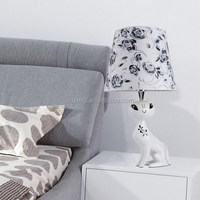 Modern Odsen cloth shade table lamp with cat shape base for home bedroom made in China