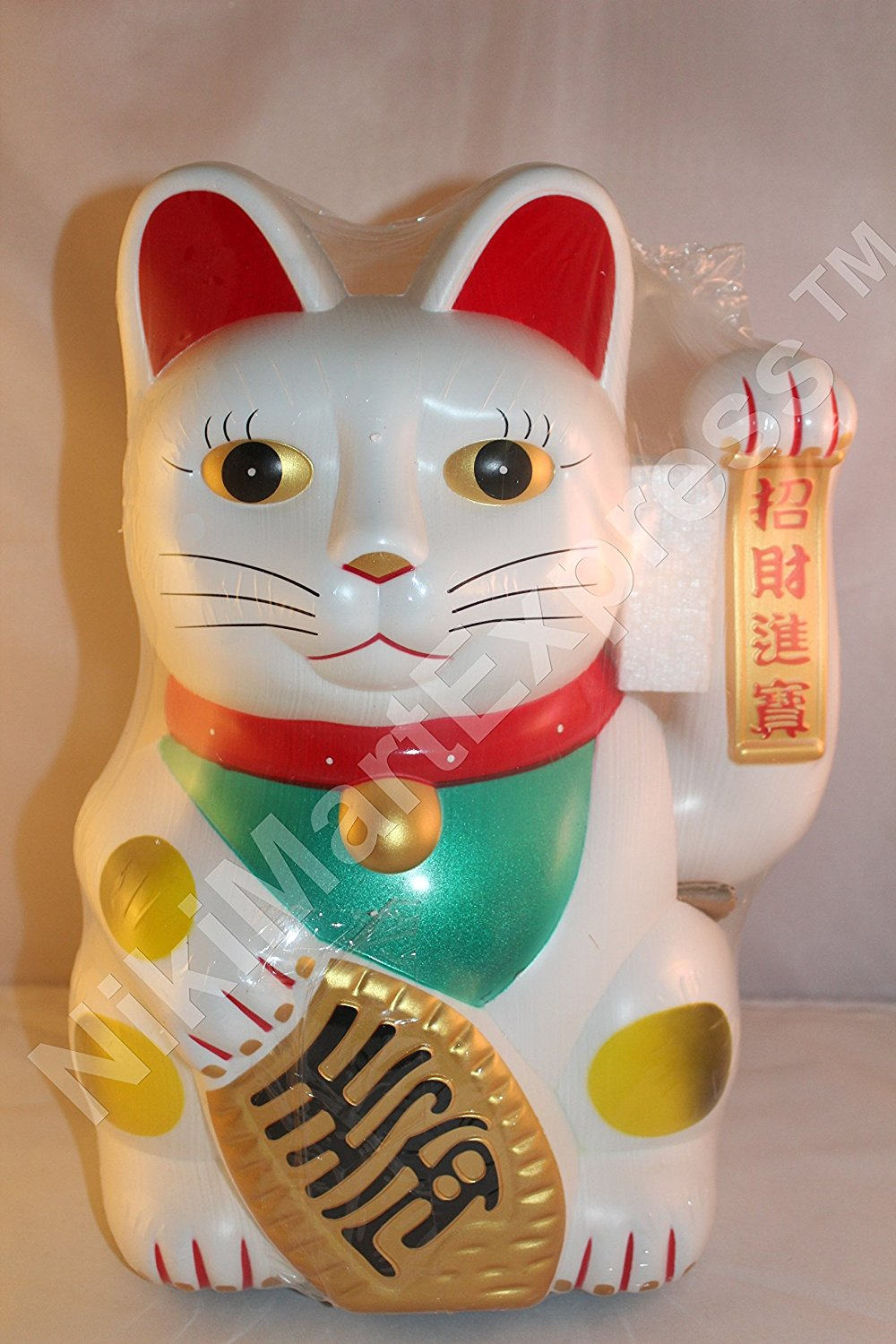 Maneki Neko Feng Shui Lucky white cat for health Home & Kitchen