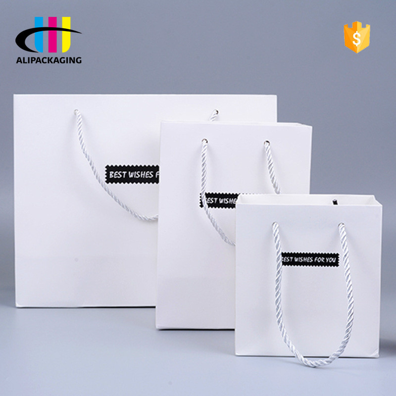 Custom Premium Gloss Matt Laminated Shopping Slogan Paper Bag With Your Own Logo