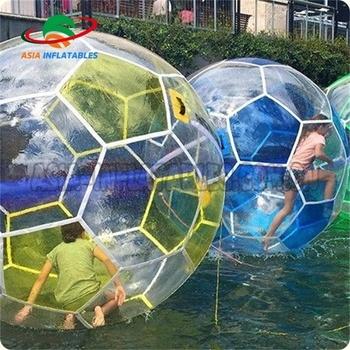 93fe370c40 Futebol Em Forma De Esfera De Passeio Da Água
