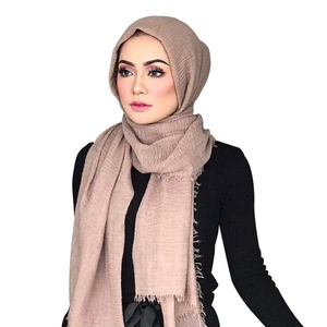 Wholesale Polyester Embroidery Sports Hijab Muslim Shawl