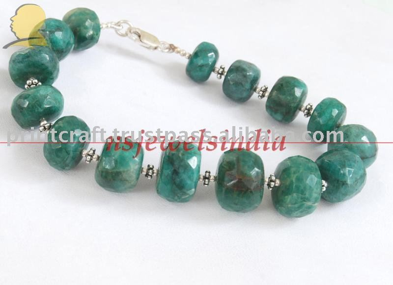 emerald beds natural gemstone & silver Handmade bracelet
