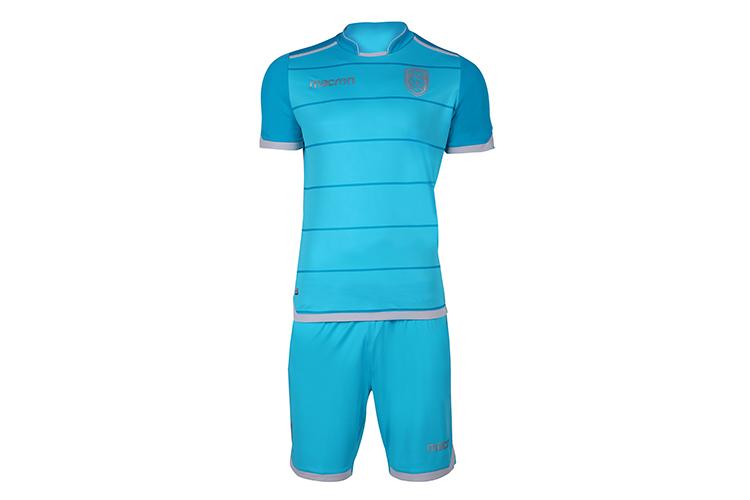 Vêtements de sport Costumes Printemps D'été De Football à Manches Courtes et Short De Football Uniforme de Jeu à Séchage Rapide Porter