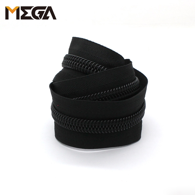 Custom No 10 Double Open End Plastic Zippers For Luggage Bags