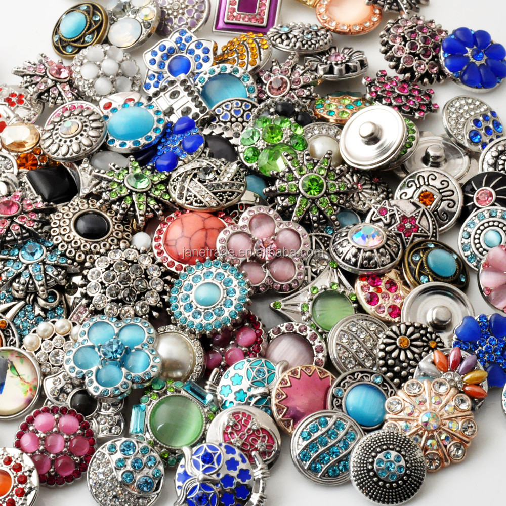 Top Quality Mix Many Rhinestone snap Styles Metal Charm 20mm Snap Button Bracelet For women DIY Snap Button Jewelry