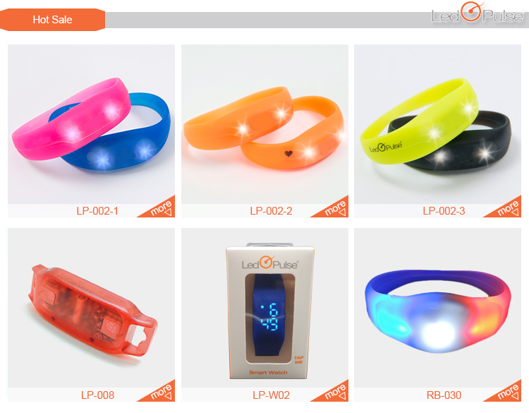 Customized colorful motion sensor light up silicone wristband led motion activated flashing bracelets