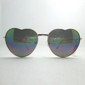 c73f7921b8 Heart Sunglass