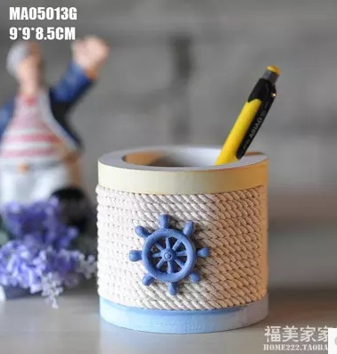 Pen Mediterranean style wooden ornaments creative home decorations office pen pure arts and crafts furnishings Pen Holder