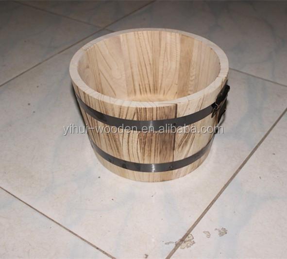 tonneau en bois baignoire en bois et en bois barils pot de fleur et en bois vendre pots. Black Bedroom Furniture Sets. Home Design Ideas