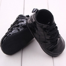 Baby Boy Shoes PU leather Prewalkers Boots waterproof Fashion Baby Moccasin Newborn Elastic Shoes Infants Crib