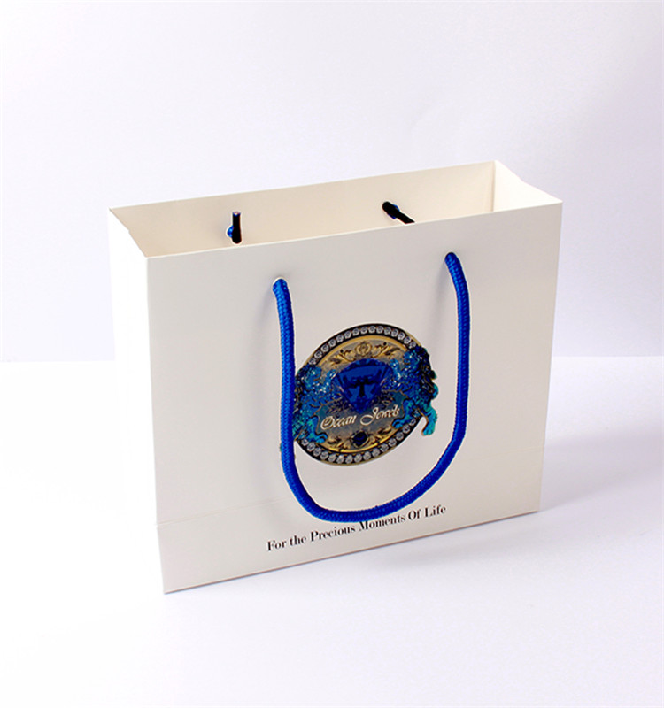 Custom White Cheap Price Printed Craft Gift Luxury Shopping Kraft Paper Bag