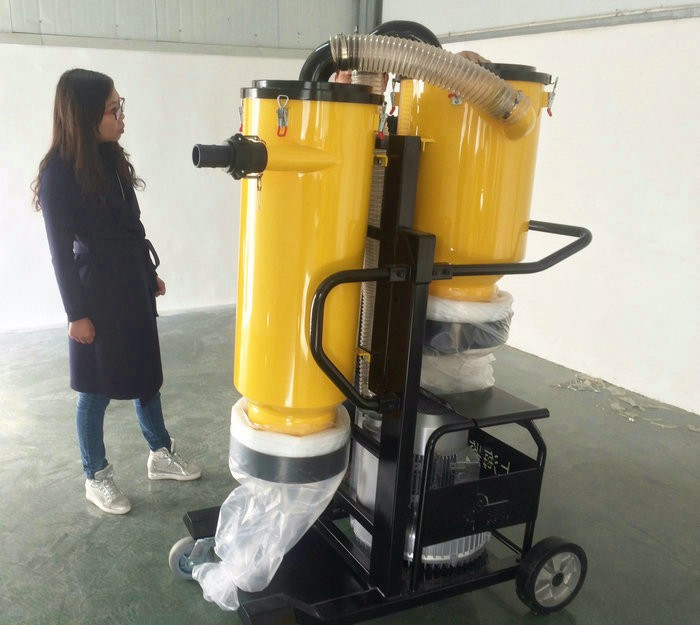 V7 Vacuum Cleaner Used Industrial Cyclone Dust Collector For Sale ...