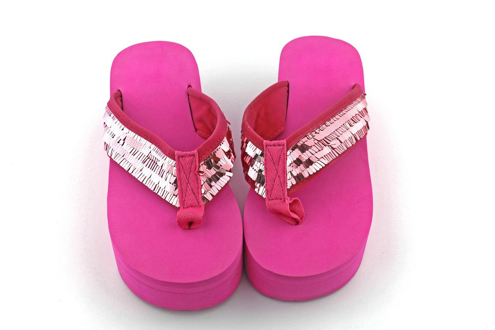 543fc1e879 Bohemia beach style gril paillette flip flop sweet pink color thong sandals  US size8 a pair of free shipping women wedge sandals