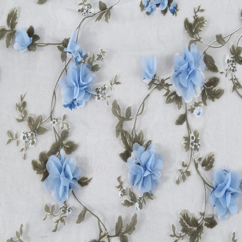 Органза с вышивкой цветок
