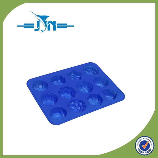 Hot selling fleur de leys fondant silicone mold for wholesales