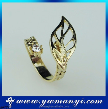 Factory Fashion Jewelry Hollow Leaf Diamond Gold Ring Name Designs