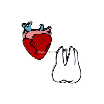 4416b49b493 fashion jewellery gold soft enamel brooch T-shirt brooch pin tooth heart  designer brooches and