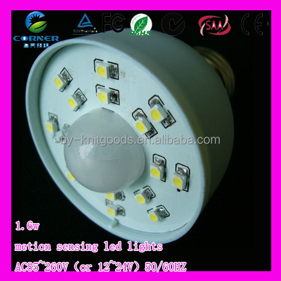 Fire-protection PBT <strong>plastic</strong> 1.6w SMD3528 e27 day night light sensor led bulb