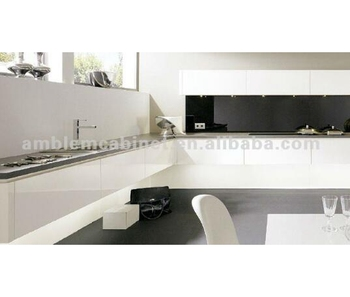 Professional Piano White Lacquer Finish Kitchen Cabinet