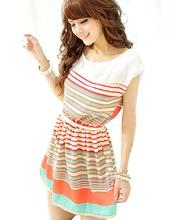 Цветные женские ремни на платье