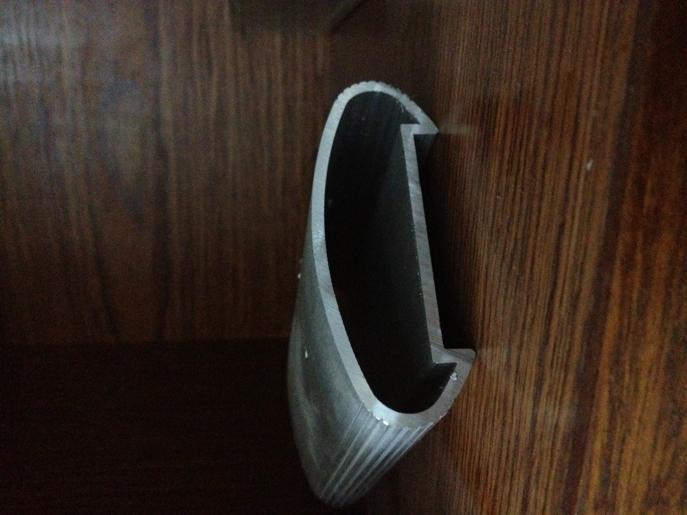 6063 en aluminium escalier main courante profil en for Escalier en aluminium exterieur