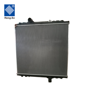 Top quality auto spare parts heavy truck water cooling system radiator for PETERBILT truck