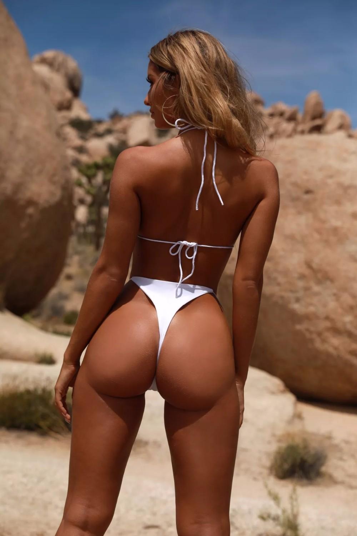 Bikini model with great ass — pic 2