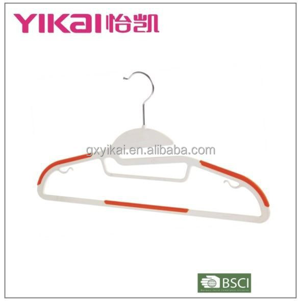 2015 High quality plastic suit clothes hanger with tie rack/non-slip rubber and bar