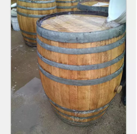 Used 300 L oak wine barrels