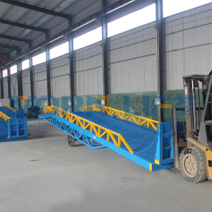 10t adjustable mobile container forklift loading ramp for sale
