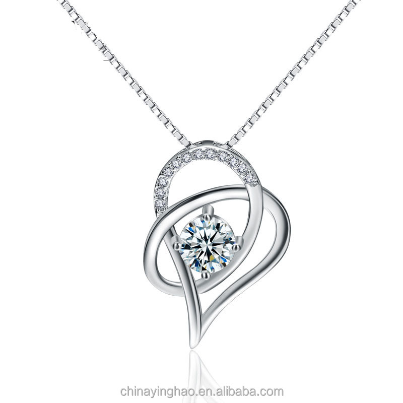 2018 new <strong>fashion</strong> 925 sterling silver Love heart diamond necklace women short clavicle chain pendant jewelry