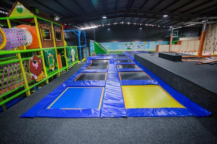 Indoor trampoline park supplier large indoor trampoline for Indoor trampoline park design manufacturing