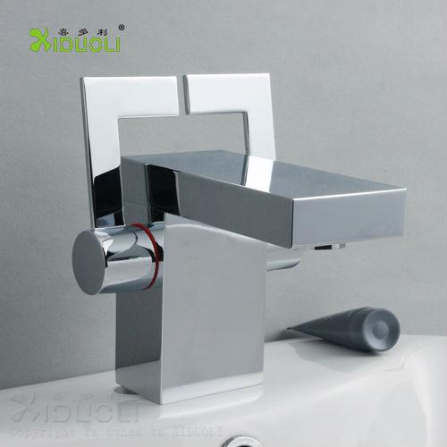 Griferia Para Baño Con Sensor:Griferías para baño doble asa grifo de-Grifería de Lavabo