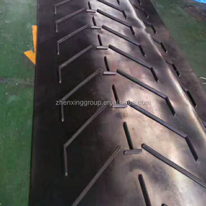 Industrial chevron rubber conveyor belt