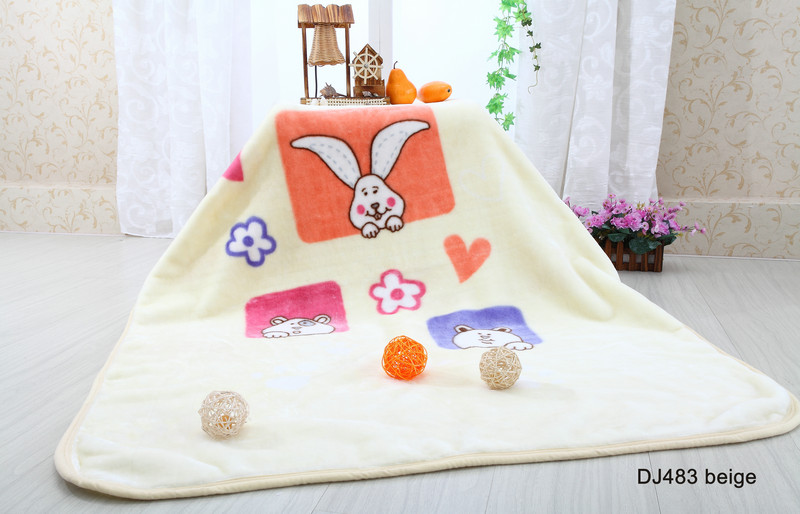 2014 Raschel lovely cute Double Brushed baby knitted blankets