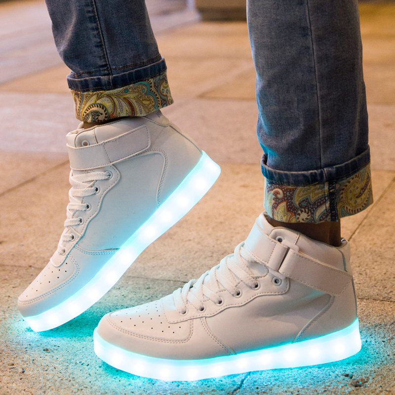 Factory Wholesale Customized Rechargeable Fashion High Tops Luminous Sneakers Adults Light Up LED Shoes for <strong>Men</strong>