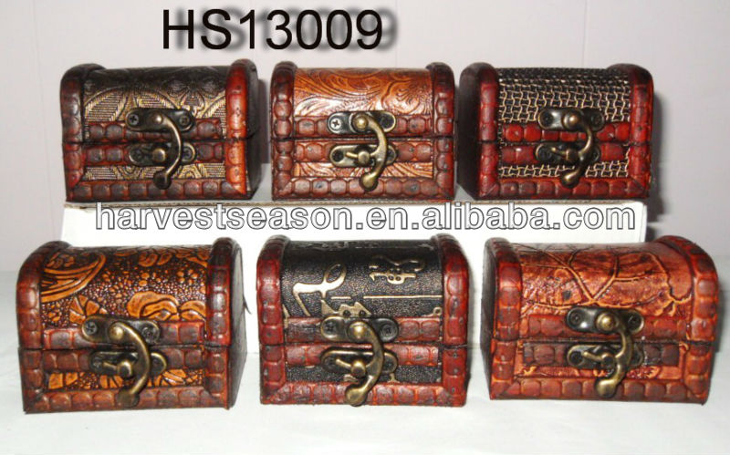small antique design wooden jewelry boxes