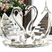 Loving Clear Crystal Wedding Swans For Wedding Favor Gifts