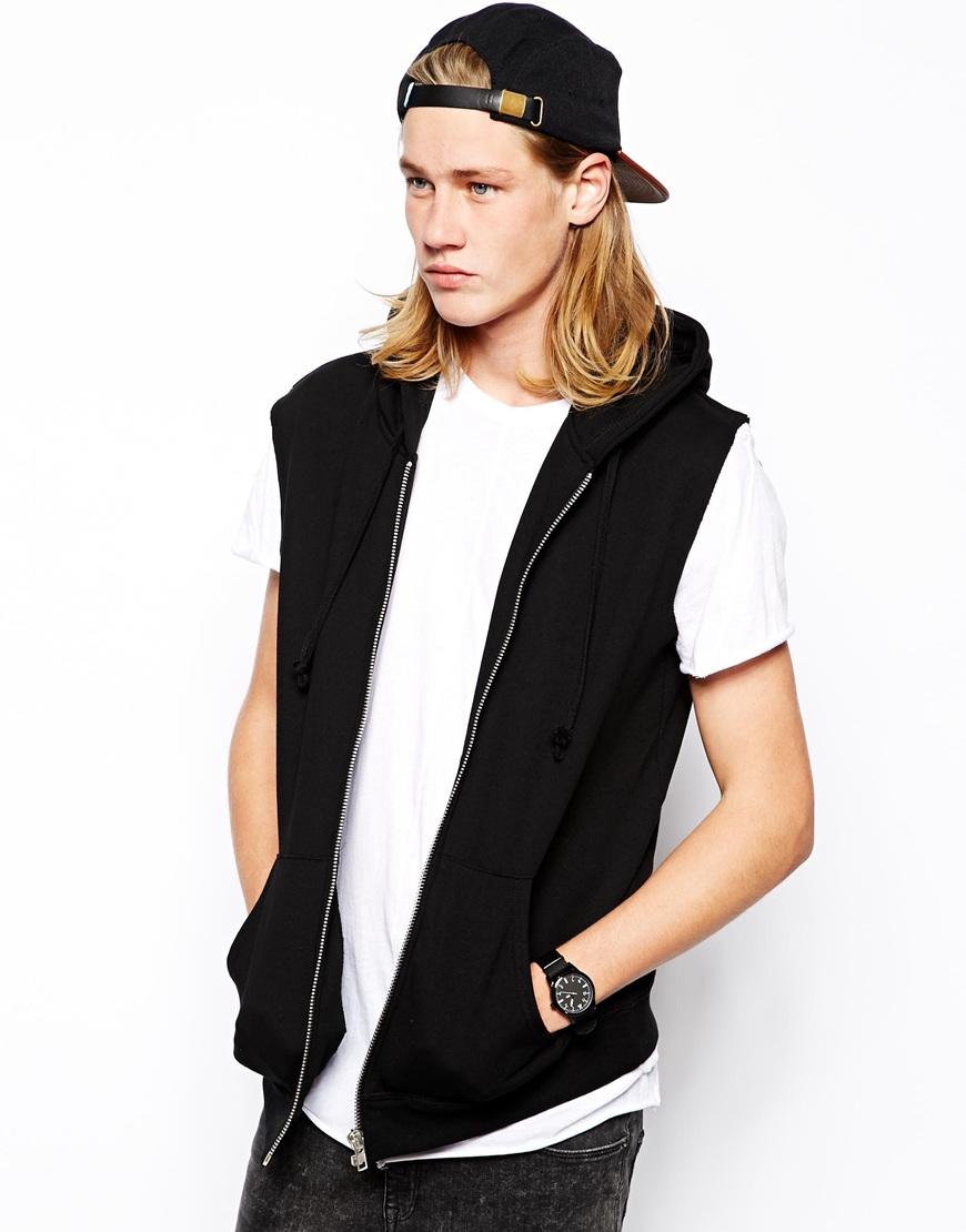 Sleevless hoodies