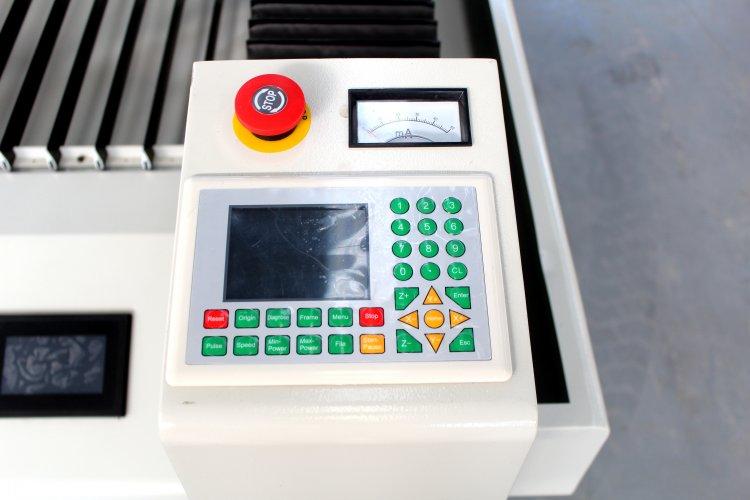 metal laser cutter (25).jpg