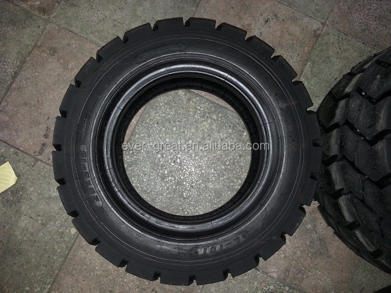 chariot l vateur pneus pneus chariot l vateur 700 12 825 15 28x9 15 pneus de camion id. Black Bedroom Furniture Sets. Home Design Ideas