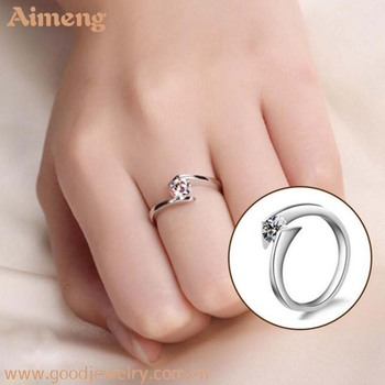 Simple Atmospheric Women S Diamond Rings Angel S Kiss Inlaid With