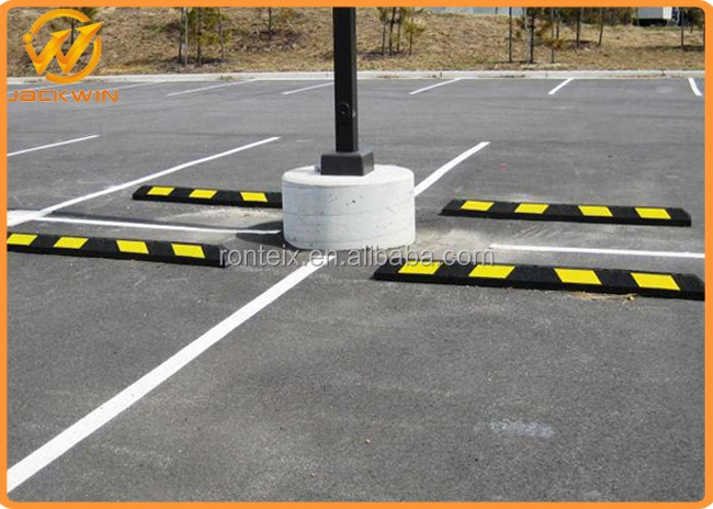 High Quality Black & Yellow 1.65 Meter Rubber Parking Curb for Parking Lots