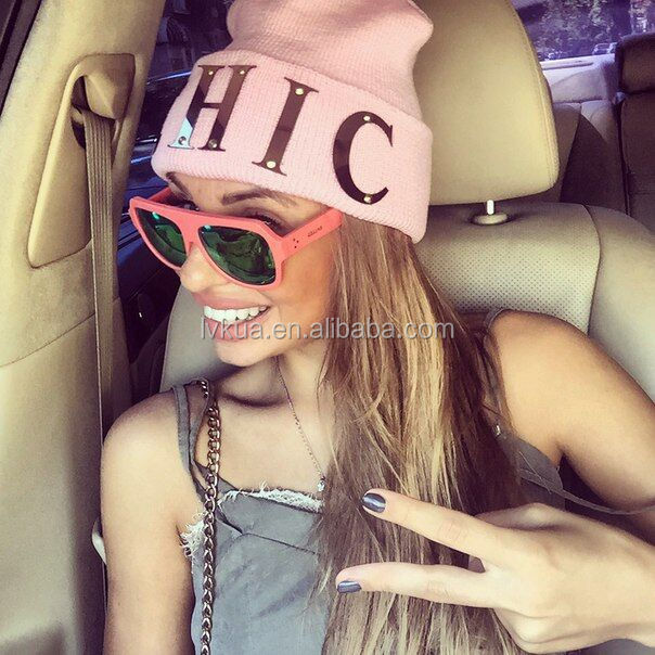 2017 Wholesale Hot Sale Winter Knitted Hats in Amazon 13 Colors CHIC Letter Knit Hats for Adults
