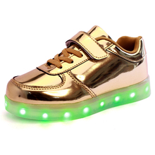 Wholesale 2017 new fashion chargeable led luminous sneakers children light up kids Led shoes for girls boys