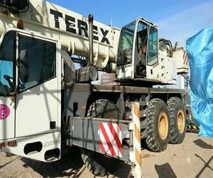 Used condition terex 50t rough terrain crane made in 2006 for sale