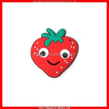 Very cute strawberry key chain with 7mm real googly eyes (MYD-CH1009)