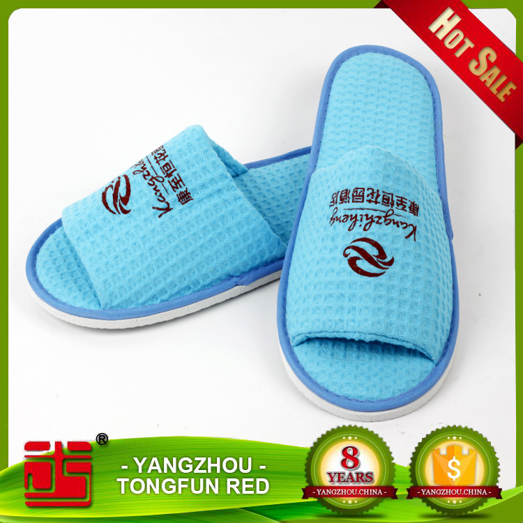 Wholesale Blue Waffle Open Slippers Custom Embroidered Hotel Disposable Slippers