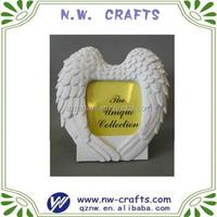 Polyresin white angel wing photo frame